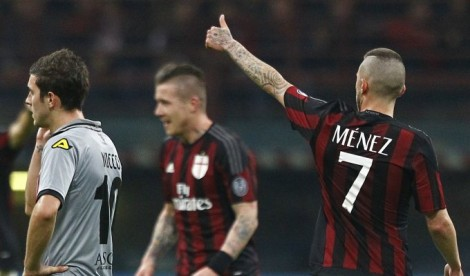 Milan qualify to the finals after 13 years, hosts Inter-Juve